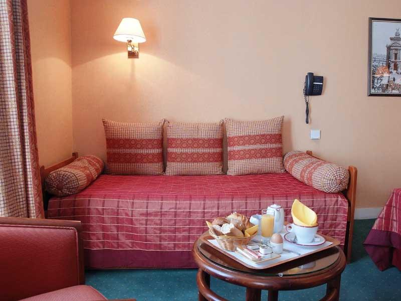 14-Hotel-Louvre-Marsollier