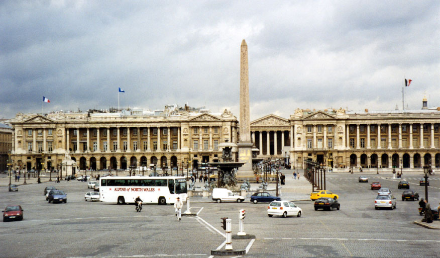 Hotel De La Place Du Louvre Paris