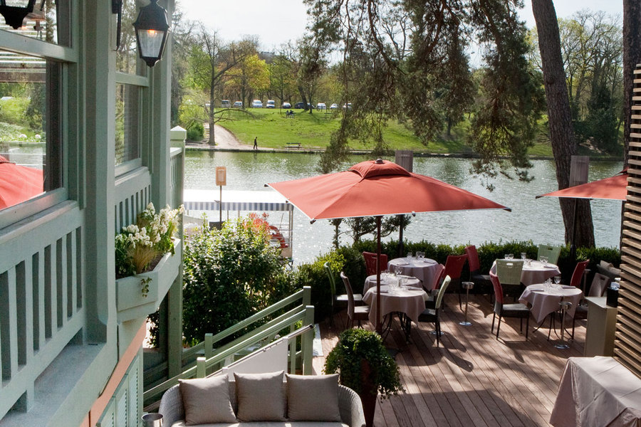 the summer spot offers a fresh menu and picnics hotel louvre marsollier