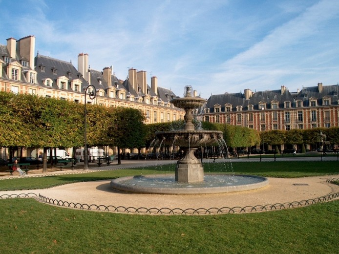 Le Marais and Place des Vosges