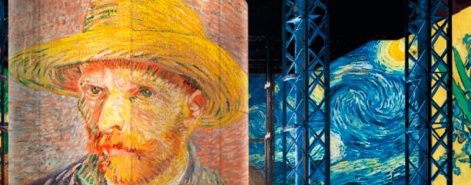 Van Gogh, Starry Night at L'Atelier des Lumières