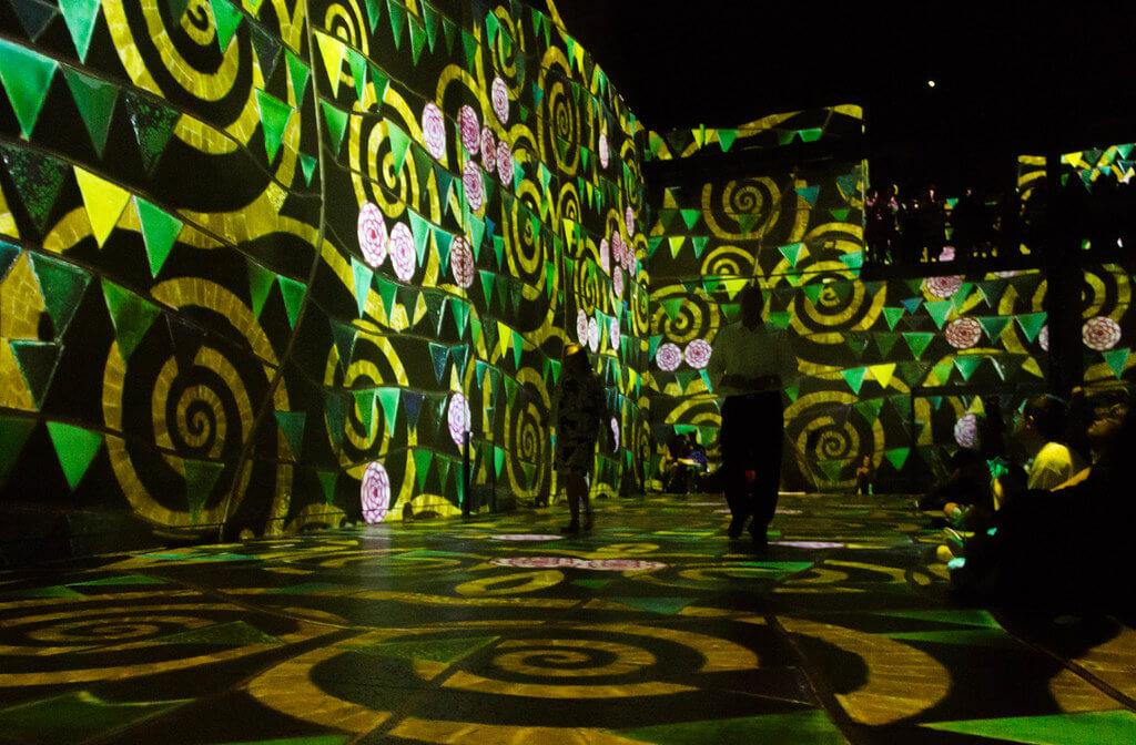 """""""Gustav Klimt"""" exhibition, Atelier des Lumières, Paris"""